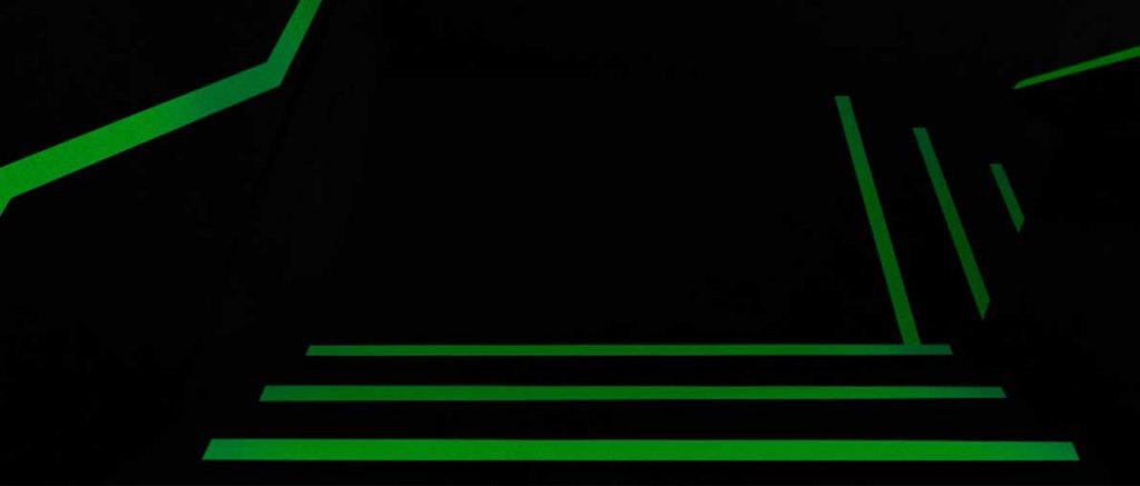 Caja de escalera con Pintura Fotoluminiscente.